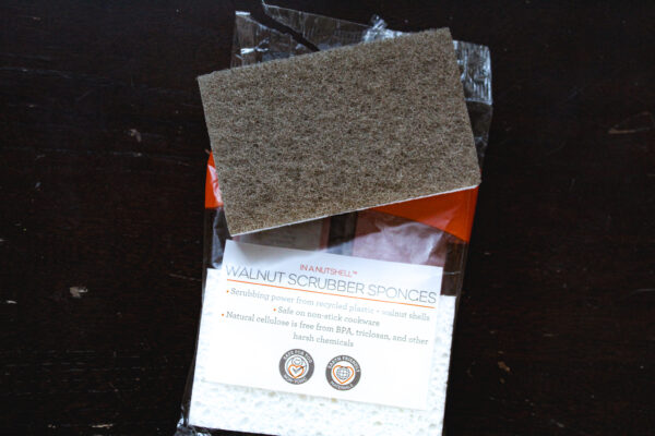 Walnut sponge from iHerb