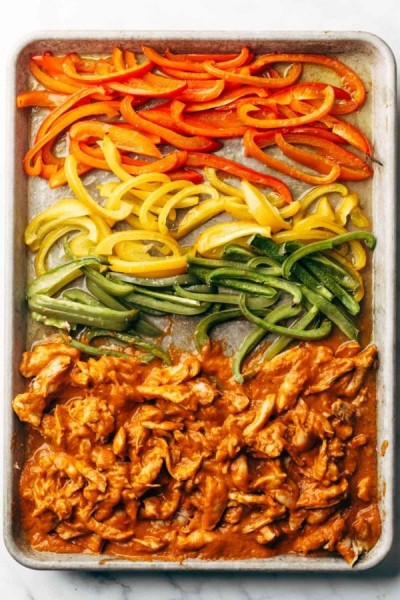 chicken tinga sheet pan meal