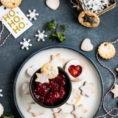 15 Expert Tips: How To Eat Healthy During The Holidays