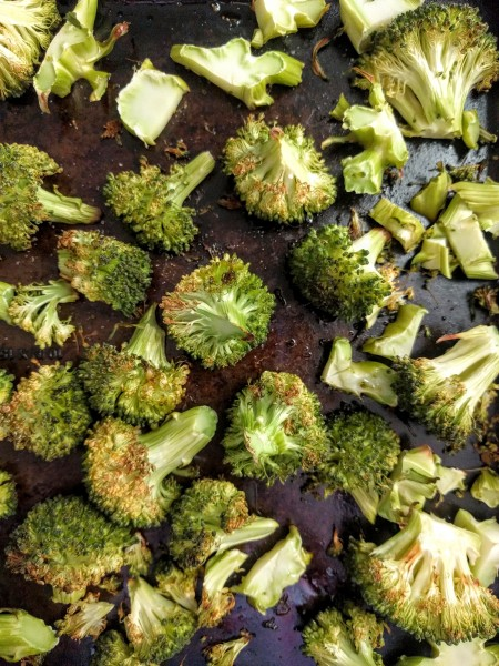 Roasted broccoli to go in thai chicken bowls with peanut sauce.