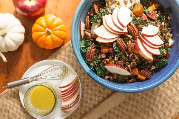 Wild rice with apples, kale & cider vinaigrette by Oat and Sesame